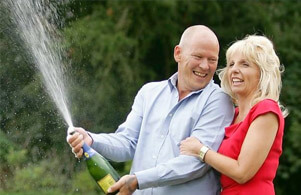 Angela and Dave Dawes - UK euromillions wonners celebrating